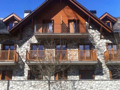 Vivienda colectiva Residencial Tuca del Mont