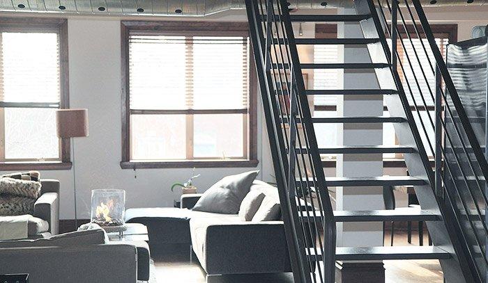 escaleras de interior para espacios reducidos