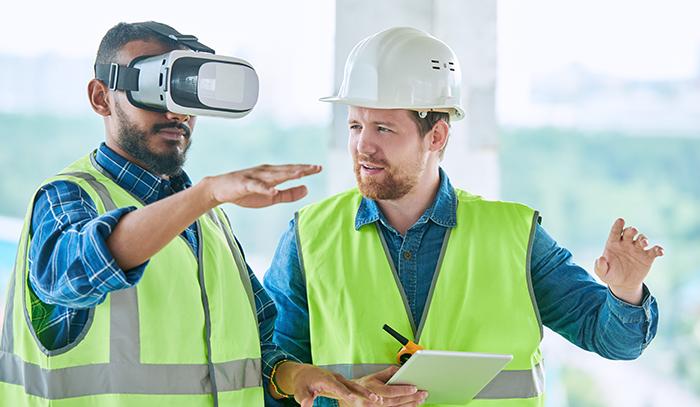 Dos arquitectos trabajan con realidad virtual