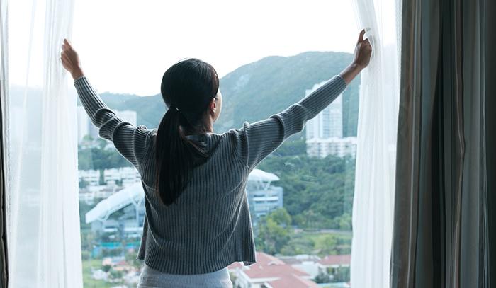 trucos para enfriar tu casa sin aire acondicionado